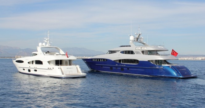 Le Caprice V superyacht and Bronko I yacht - aft view