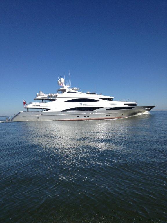 Luxury motor yacht Tsumat