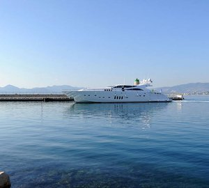 Italyachts 34/01 motor yacht PHOENICIAN delivered by Rodriguez Group