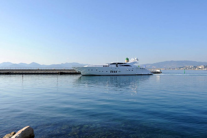 34m Italyachts superyacht Phoenician delivered by Rodriguez Group