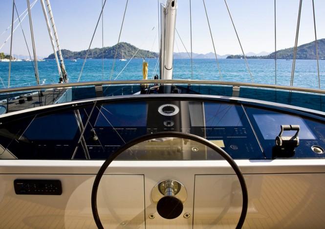 60 Years Yacht - Flybridge - Dashboard