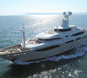 Luxury yacht Light Holic ready for Mediterranean charter