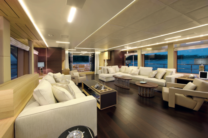 Benetti Classic Supreme 132 luxury yacht Petrus II - Salon Photo credit Thierry Ameller