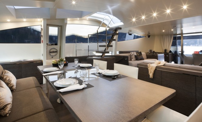 Cerri 102 FlyingSport Hull 2 Superyacht - Dining