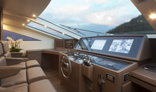 Cerri 102 Hull 2 Yacht - Wheelhouse