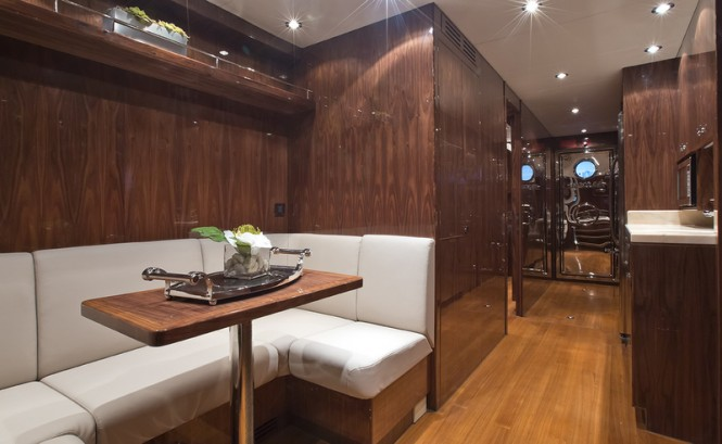 Gigi II superyacht - Crew Mess