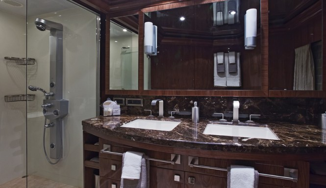 Gigi II superyacht - VIP Bathroom