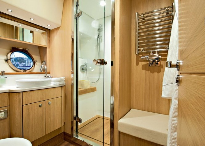 Greenline motor yacht OceanClass 70 - Bathroom