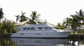 Luxury charter yacht BELLA SOPHIA built by Hatteras Yachts