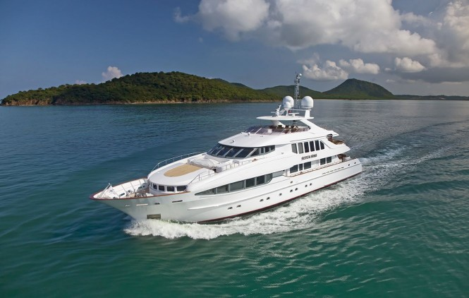 Luxury charter yacht Seven Sins