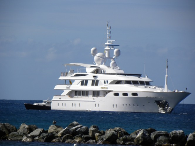 Luxury charter yacht Starfire near Nevis - Photo by Scott Henderson