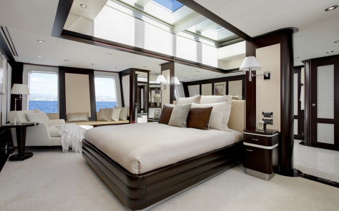 Luxury yacht Helix - Owners Stateroom