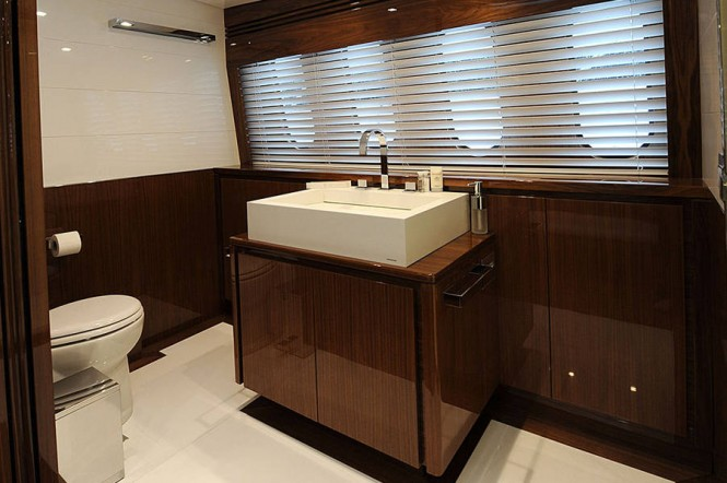 Phoenician yacht - Bathroom