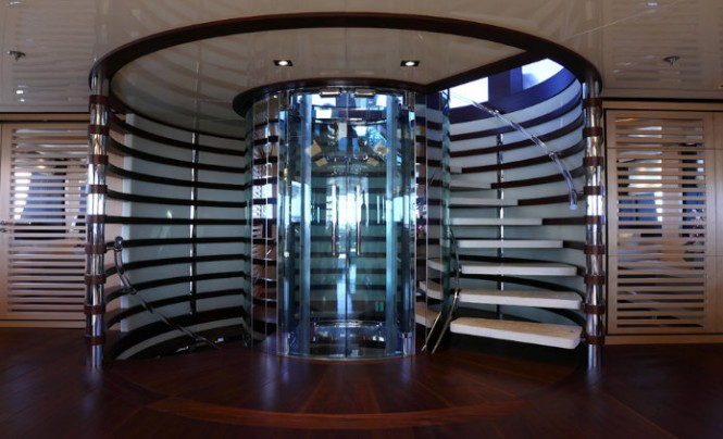 Rossinavi superyacht 2 Ladies - Staircase