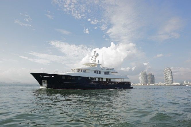 42m Kingship motor yacht Star