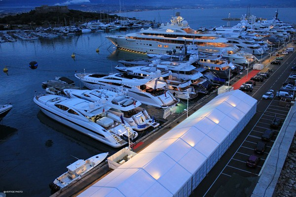 Antibes Yacht Show 2012 at night