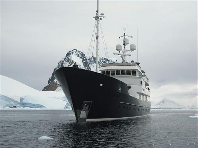 Explorer yacht DIONE SKY - Image courtesy of Vripack