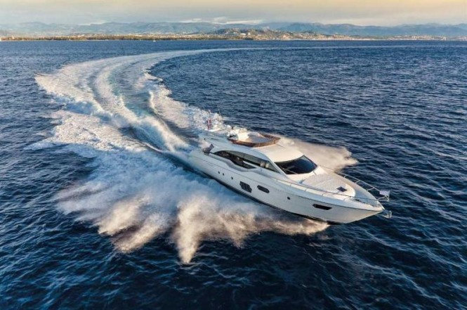 Ferretti 690 Yacht