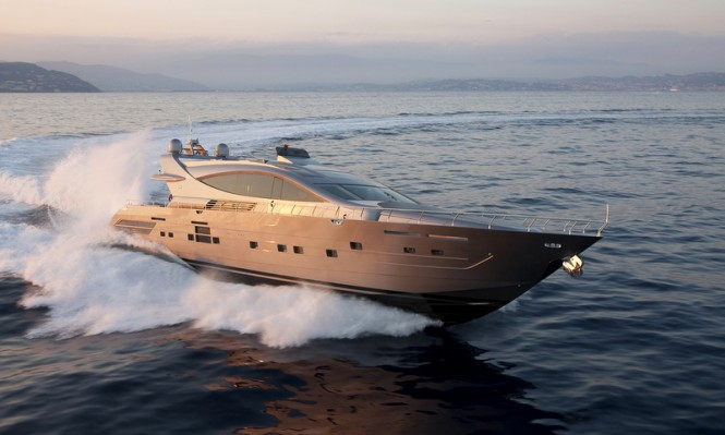 Luxury motor yacht Cerri 102 FlyingSport Hull 2 at full speed