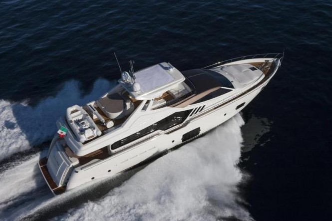Luxury motor yacht Ferretti 870