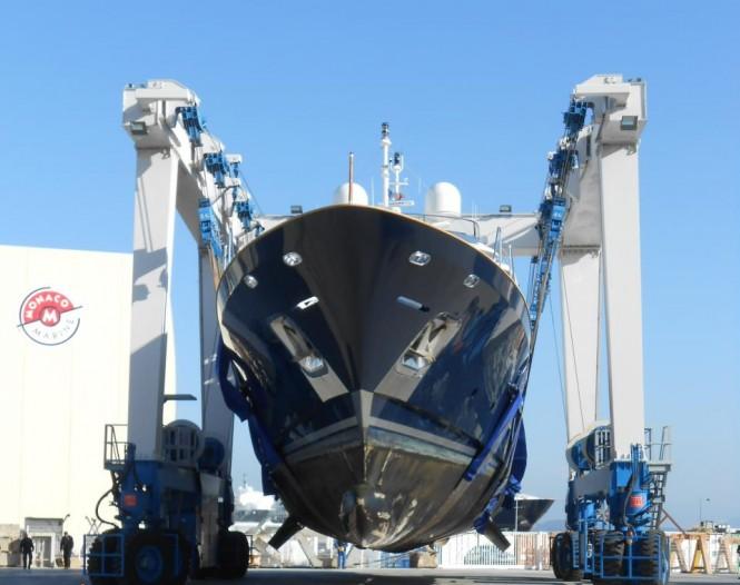 Motor yacht Sea Bluez going through refit
