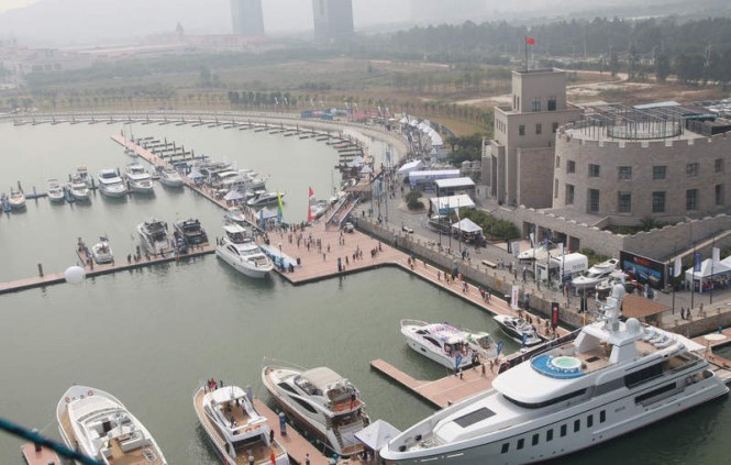 http://www.charterworld.com/news/wp-content/uploads/2013/02/Nansha-Marina-the-first-superyacht-marina-in-China-that-has-joined-Art-Marine-Marinas-Destination-network-665x423.jpg