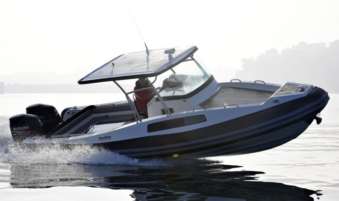 NorthStar 880 RS superyacht tender