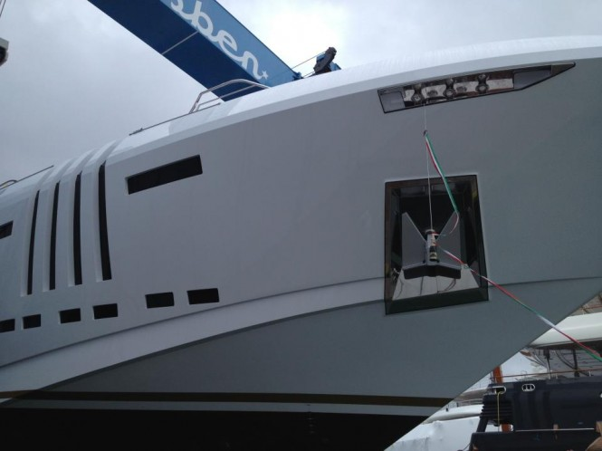 Rossinavi launches Vellmari yacht