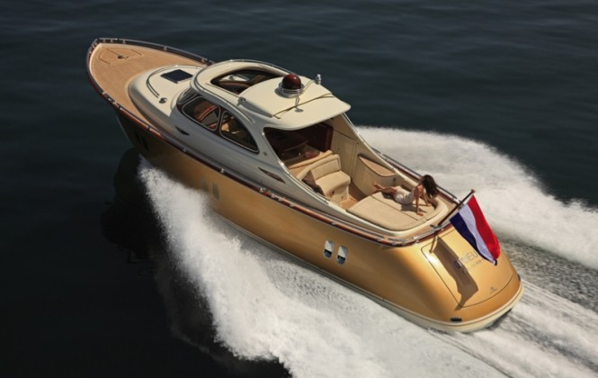 Zeelander 44 superyacht - view from above