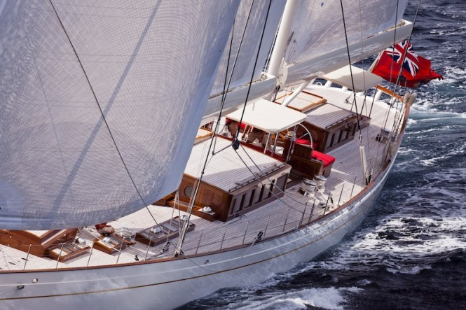 Yacht Kamaxitha - Photo by Cory Silken