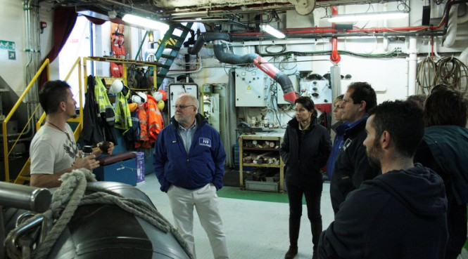 Greenpeace's guided visit to 50m expedition yacht ARCTIC SUNRISE for employees of Marina Palma Cuarentena