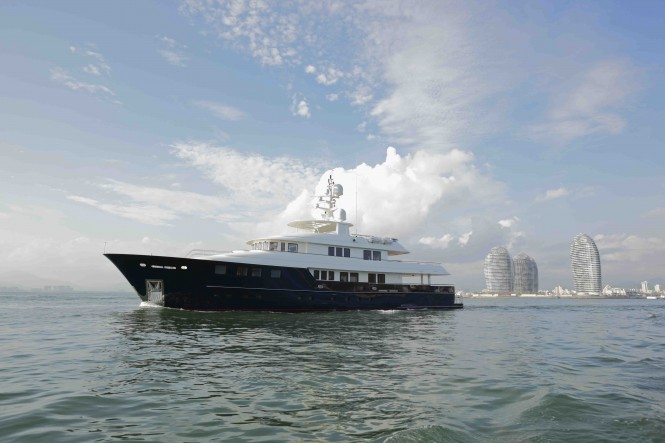 Kingship motor yacht Star