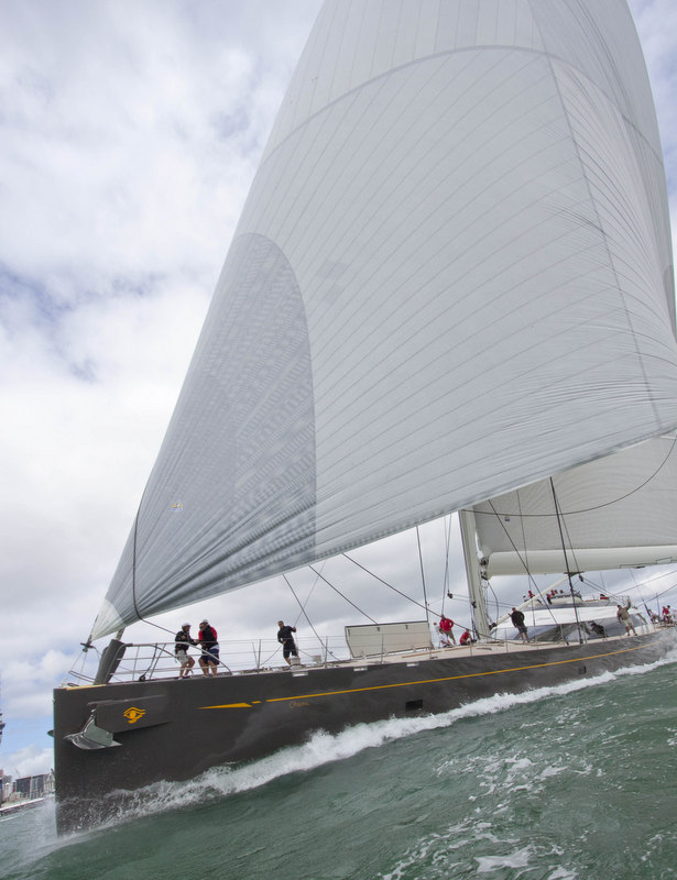 Superyacht Ohana under sail