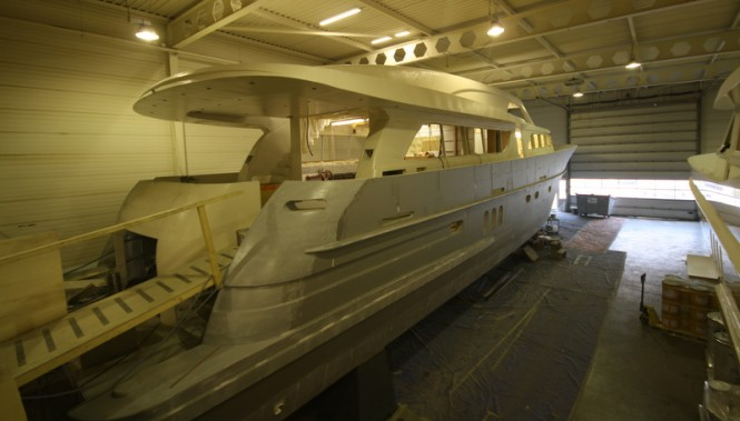 26m motor yacht Continental III in build - aft view
