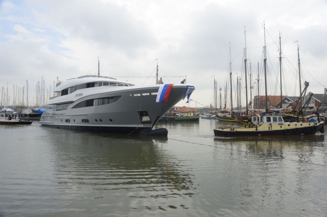 Hakvoort YN247 luxury superyacht Apostrophe