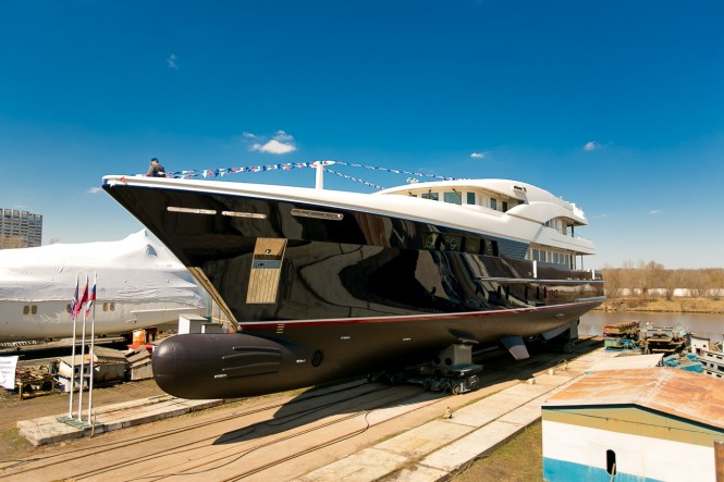 Luxury superyacht TM47-2