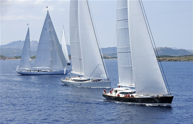 Luxury superyachts competing in the Dubois Cup