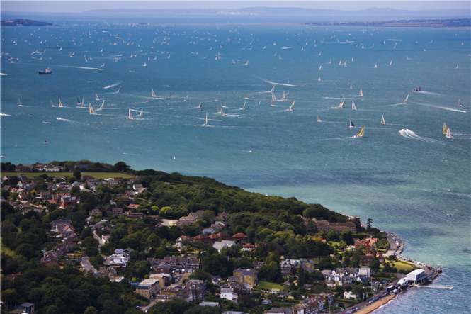 Spectacular Solent at the start of the 2011 Rolex Fastnet Race - Photo by Rolex Carlo Borlenghi
