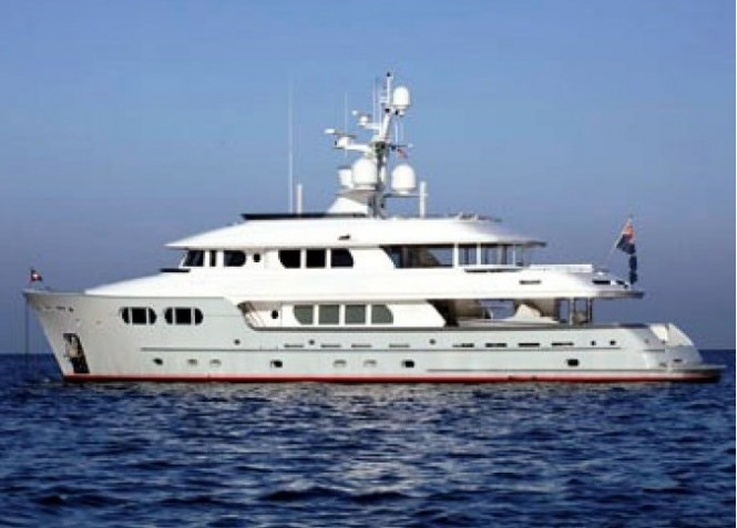 38m expedition yacht MARAMA