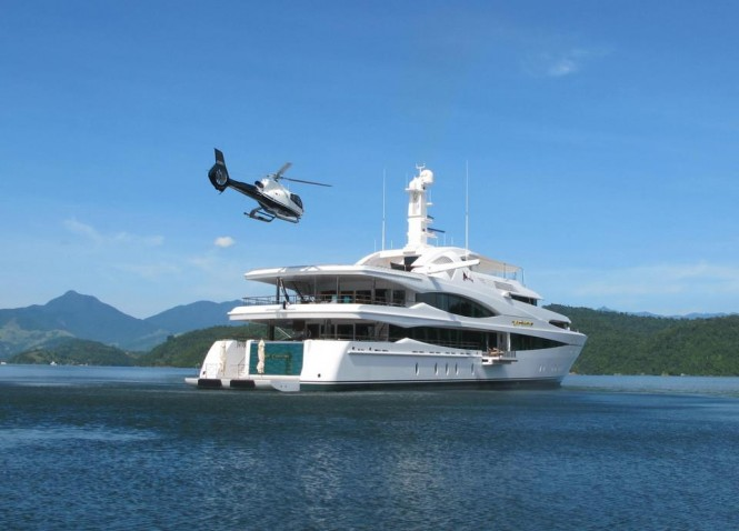68m Feadship superyacht Lady Christine in Saco Do Mamangua, Paraty