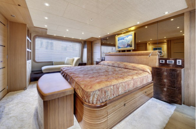 Alloy superyacht Loretta Anne - Interior