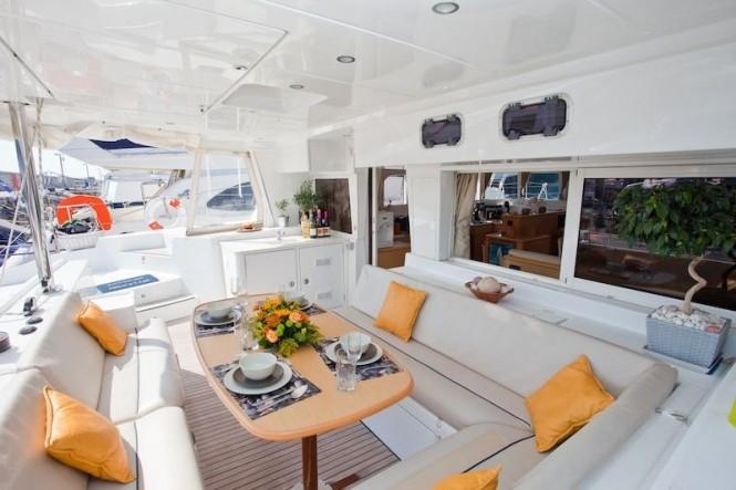 Catamaran ELVIRA -  Al Fresco Dining