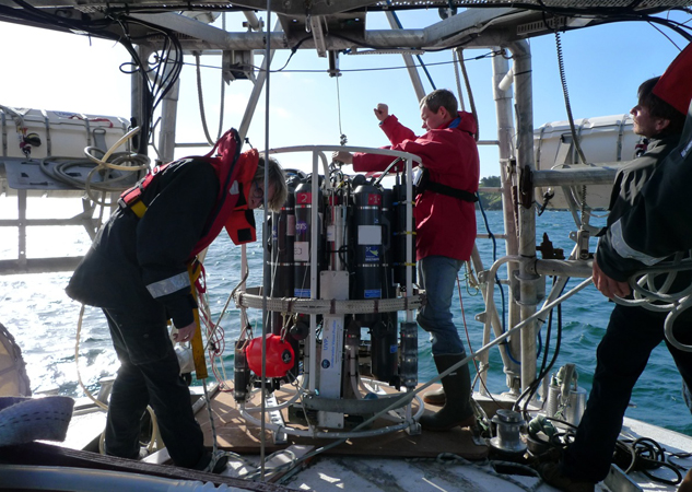 Expedition yacht Tara is back at sea, the scientists are testing the CTD device - Photo credit to J. Collet TaraExpeditions