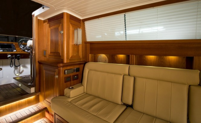 Hull 416 Limo Superyacht Tender - Interior