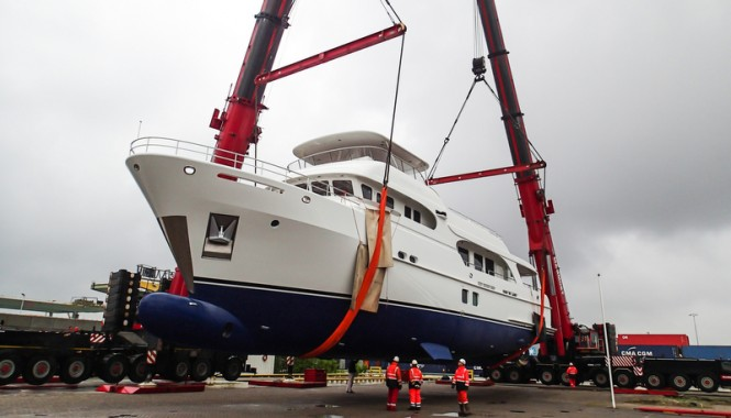 Launch of the Moonen 100 Explorer luxury yacht Hull YN195