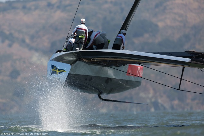Luna Rossa training again