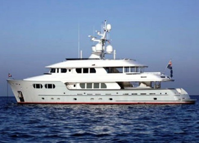 Luxury expedition yacht Marama