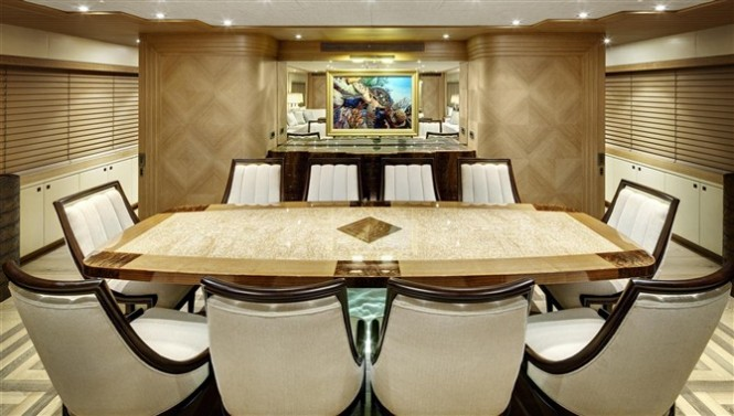 Luxury yacht Loretta Anne - Dining
