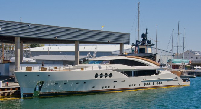 PJ 210 Yacht Lady M