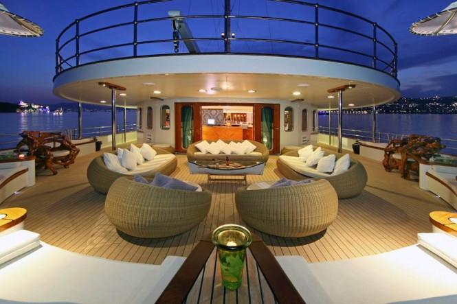 Relax aboard Sherakhan superyacht